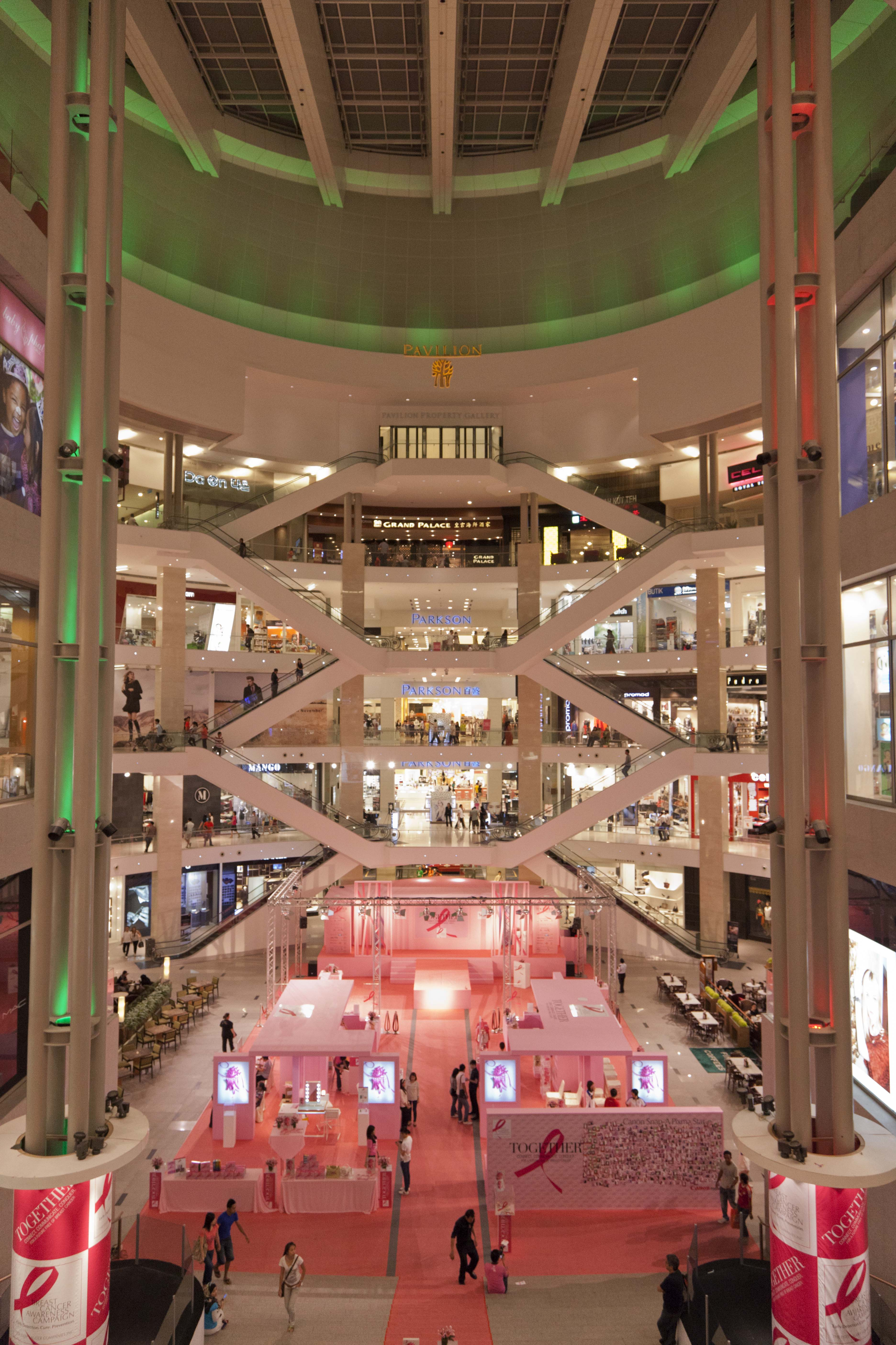 Huge malls kuala lumpur so much to see so much to do